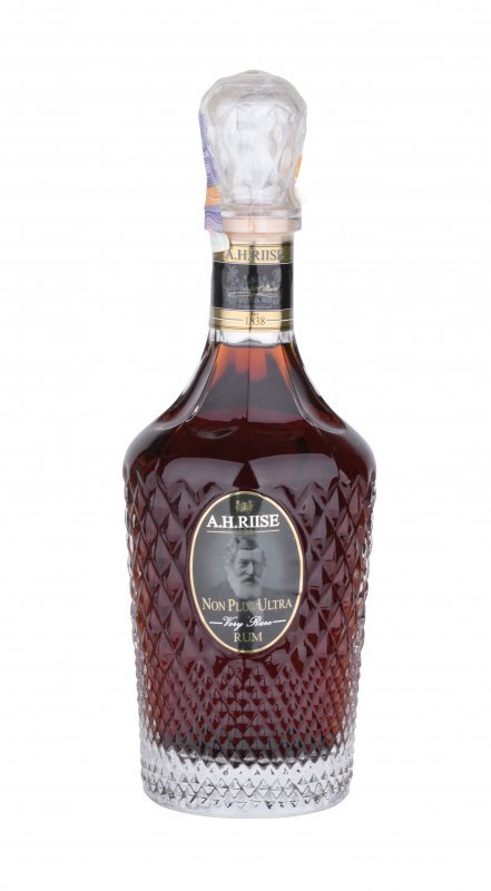 Rum A.H.Riise Non Plus Ultra Very Rare 25y 0,7l 42%
